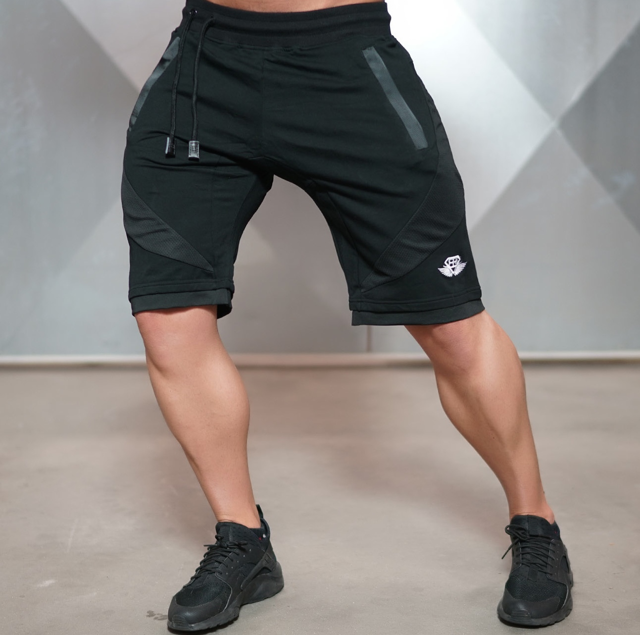 Body Engineers - Sportovní kraťasy pánské YUREI (černá) dfb214c069